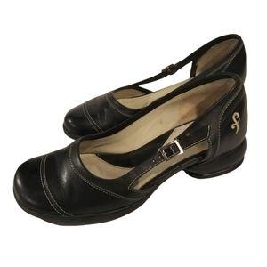John fluevog women's black Mary Jane style shoes